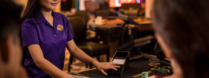 Understanding the Qualifications Needed to be a Casino Dealer